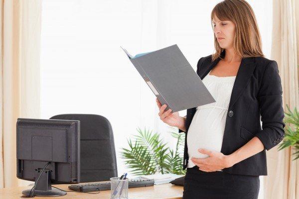 Увольнение беременных по срочному трудовому договору образец справка о доходах по форме банка