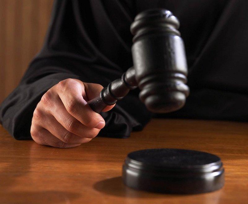Восстановление на работе до решения суда и по решению суда