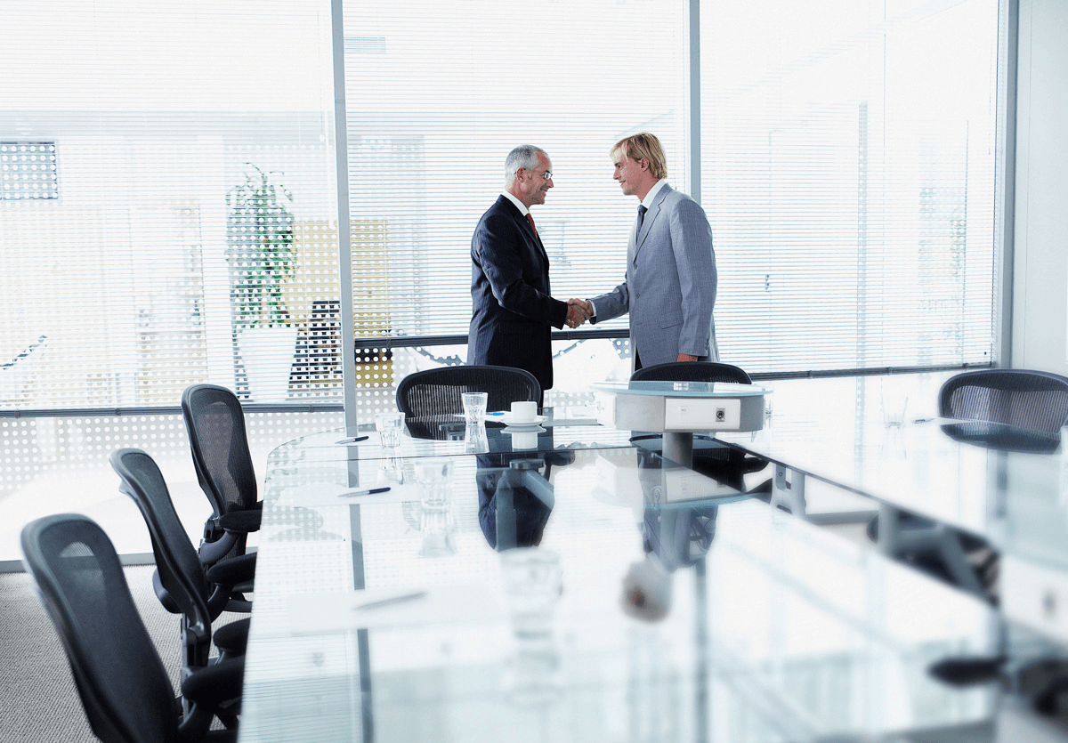 Как правильно оформить отстранение от работы и увольнение в случае хищения