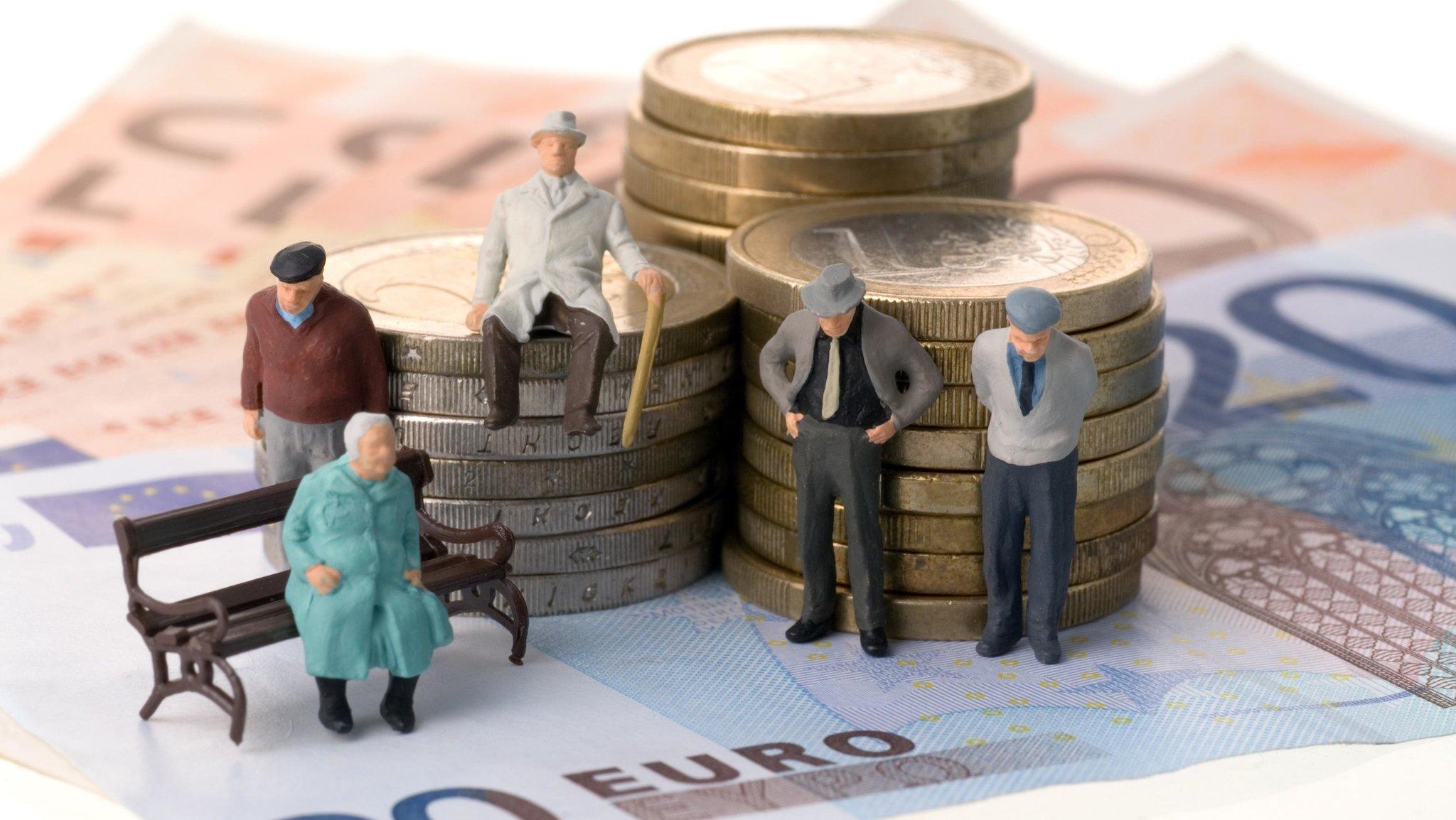 Необходимый стаж для получения пенсии по старости