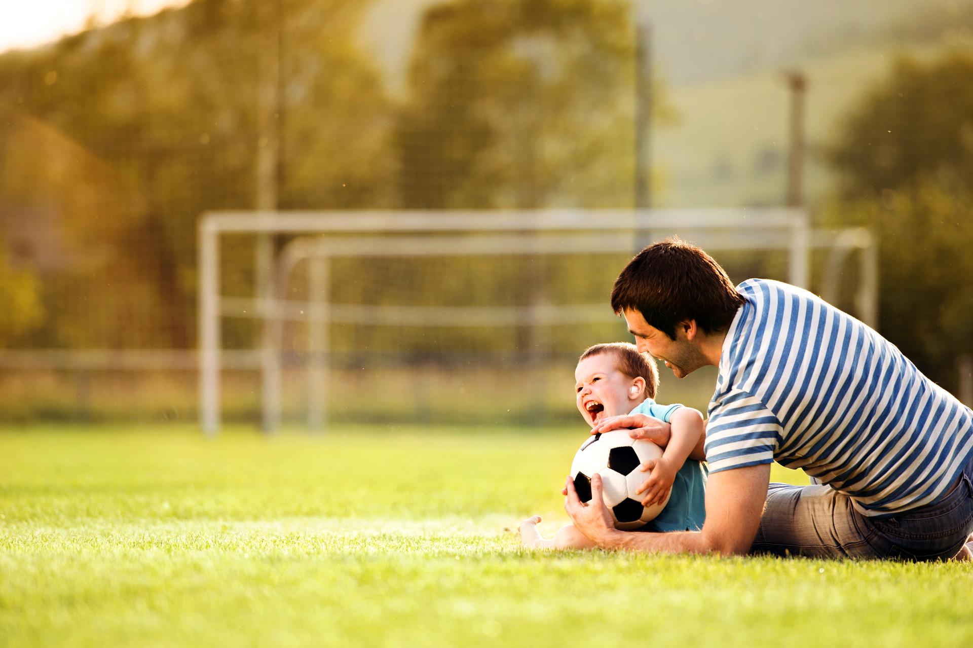 Процедура усыновления отцом ребенка